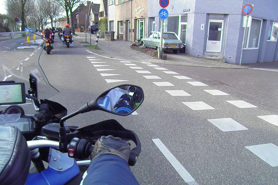 Motorrijbewijspoint Arnhem theorie cursus online